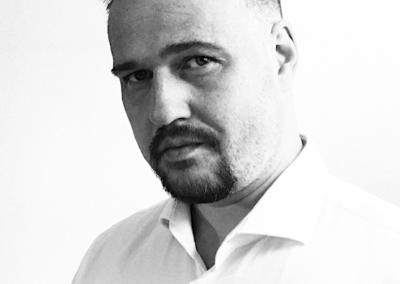 MĀRIS VAŽA | Dizaina studijas AARPUS vadītājs, interjera un gaismu arhitekts