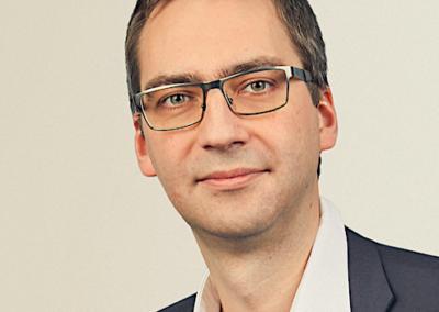 ANDIS BURKEVICS | SORAINEN darba tiesību prakses vadītājs, zvērināts advokāts