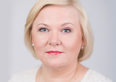 MĀRA ŠPICBERGA | Komercizglītības centra (KIC) biznesa trenere un konsultante, teologs